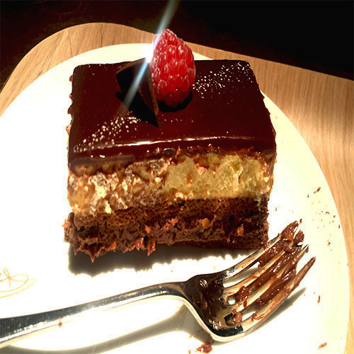 London Princi Boston Cream cake