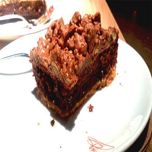London Princi Praline cake