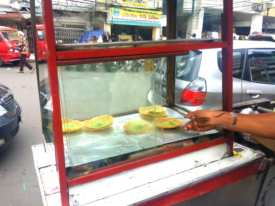 Indonesian Street Food Kue Ape-> www.whatsupcourtney.com