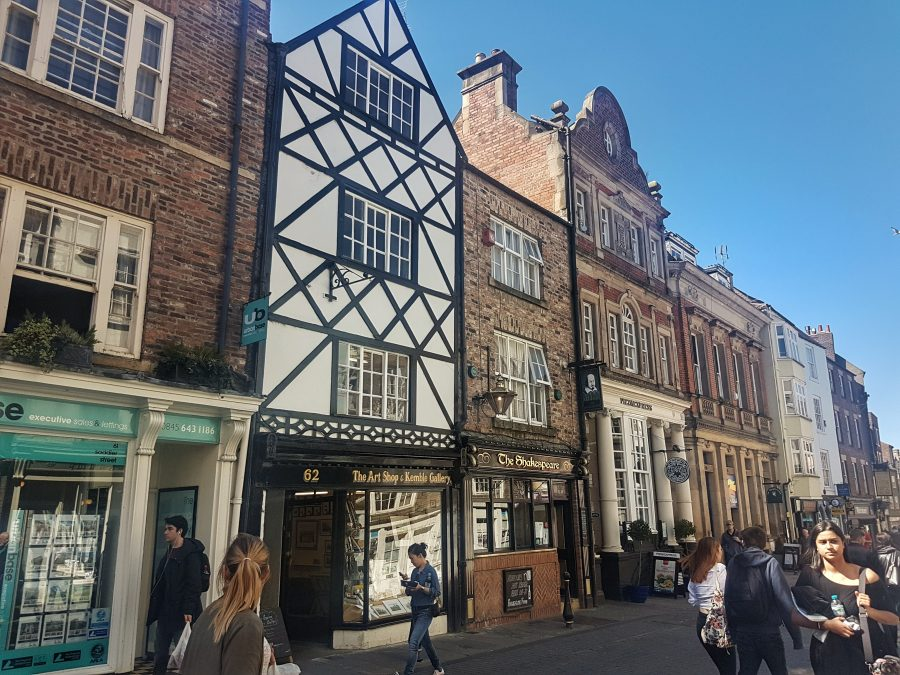 Durham highstreet - Your virtual guide to exploring the city of Durham UK . Come have a look! >>www.whatsupcourtney.com