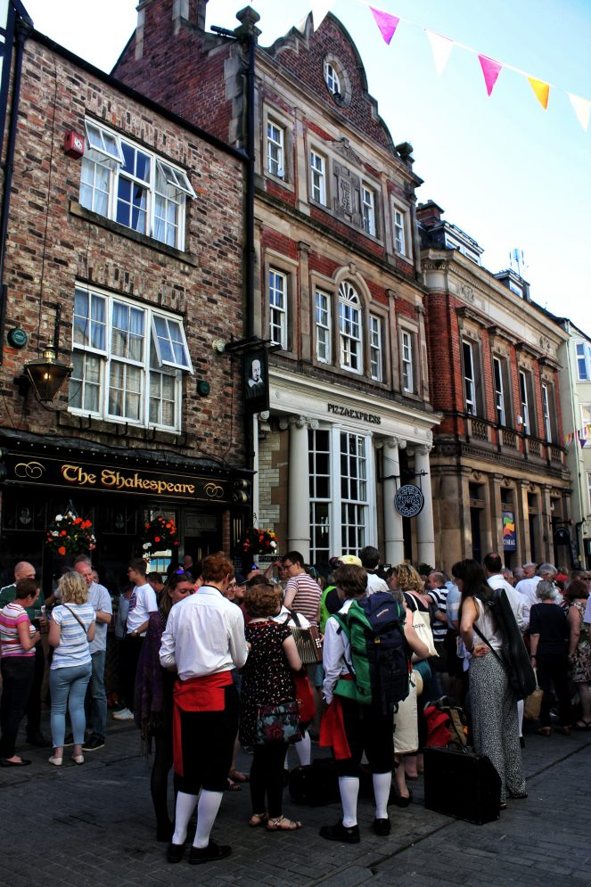 The Shakespeare Pub - Your virtual guide to exploring the city of Durham UK . Come have a look! >>www.whatsupcourtney.com