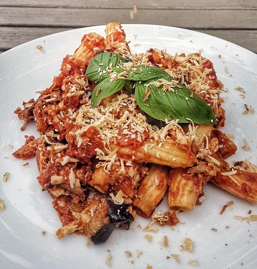 Sicilian Pasta Alla Norma Recipe - www.whatsupcourtney.com #italian #recipe #pastaallanorma