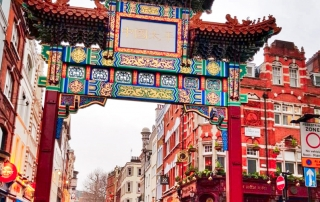 Guide to Chinese New Year tradition and Rituals ->www.whatsupcourtney.com #chinese #traditions