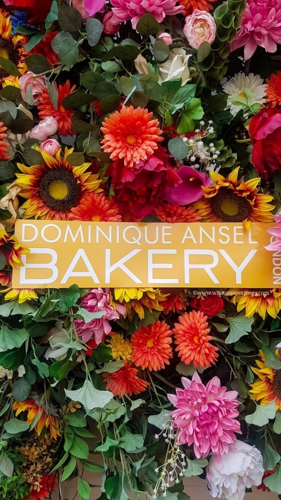 Dominique Ansel Bakery London rose sign, read more about it at www.whatsupcourtney.com #london #dominiqueansel #bakery